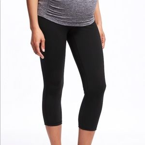 Old Navy Active Maternity workout leggings sz LG